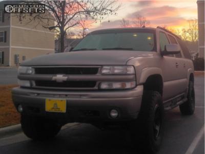 "2003 Chevrolet Suburban - 18x9 -12mm - Method Con6 - Suspension Lift 4.5"" - 33"" x 12.5"""