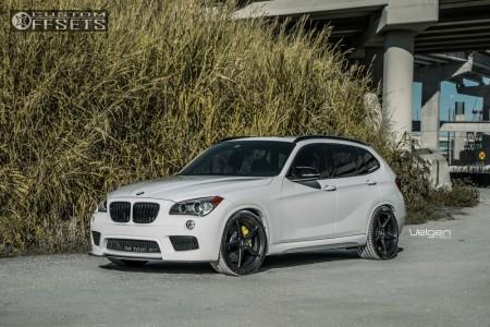 2015 BMW X1 - 19x8.5 33mm - Velgen Classic5 - Lowering Springs - 265/35R19