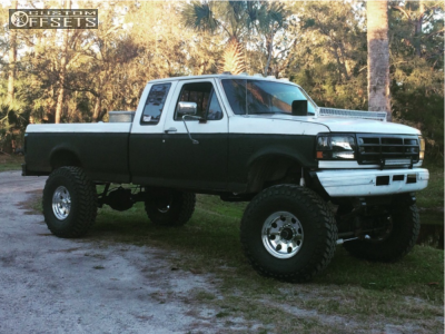 """1996 Ford F-250 - 17x9 -12mm - Ultra Type 164 - Suspension Lift 9"""" - 40"""" x 13.5"""""""