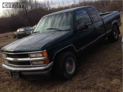 "1996 Chevrolet C1500 - 15x7 -16mm - Center Line Hellcat - Stock Suspension - 31"" x 10.5"""