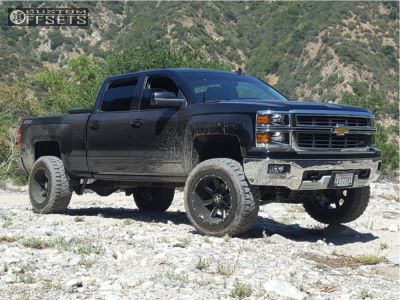 "2015 Chevrolet Silverado 1500 - 20x12 -44mm - Cali Offroad Busted - Suspension Lift 6"" - 35"" x 12.5"""