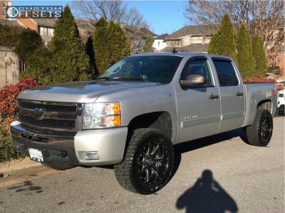 "2010 Chevrolet Silverado 1500 - 20x10 -24mm - Fuel Maverick - Suspension Lift 3"" - 305/55R20"