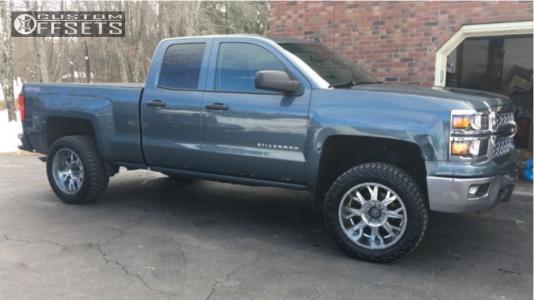 "2014 Chevrolet Silverado 1500 - 20x9 18mm - Gear Off-Road Kickstand - Body Lift 3"" - 285/55R20"