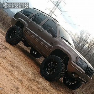 "2002 Jeep Grand Cherokee - 20x12 -44mm - Brute Reaper - Suspension Lift 6.5"" - 33"" x 12.5"""