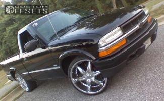 1998 Chevrolet S10 - 22x8.5 35mm - Dip D19 - Stock Suspension - 255/30R22