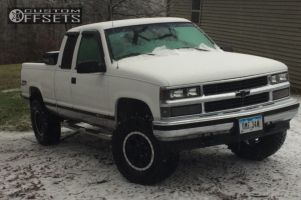 "1998 Chevrolet K1500 - 16x8 -12mm - Mickey Thompson Classic Baja Lock - Suspension Lift 3"" - 305/70R16"