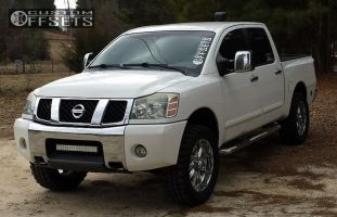 "2005 Nissan Titan - 20x9.5 -12mm - XD Badlands - Leveling Kit - 33"" x 12.5"""