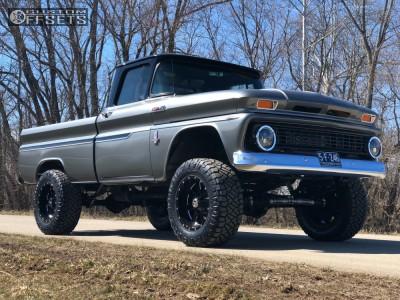 "1963 Chevrolet K10 - 18x10 -24mm - Moto Metal Mo962 - Suspension Lift 4"" - 33"" x 12.5"""