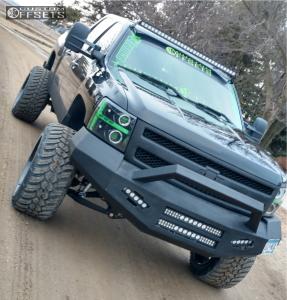 "2008 Chevrolet Silverado 1500 - 22x14 -76mm - Tis 544bm - Suspension Lift 8"" - 325/50R22"