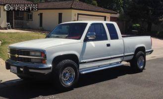 1991 Chevrolet K2500 - 16x8 -20mm - Raceline Rockcrusher - Leveling Kit - 265/75R16