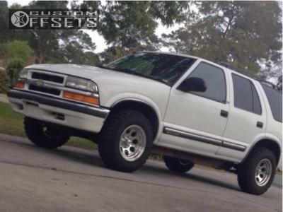 2001 Chevrolet Blazer - 15x8 -27mm - Alloy Ion Style 171 - Stock Suspension - 235/75R15