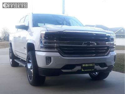 2017 Chevrolet Silverado 1500 - 22x10 -24mm - Fuel Maverick - Leveling Kit - 305/45R22