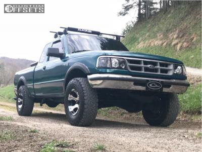 """1993 Ford Ranger - 15x8 -21mm - Dick Cepek Dc-2 - Leveling Kit - 31"""" x 10.5"""""""