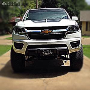 "2016 Chevrolet Colorado - 18x9 0mm - XD Rockstar 3 - Suspension Lift 6"" - 33"" x 12.5"""
