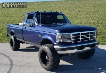 1997 Ford F-350 - 18x12 -44mm - Fuel Hostage - Stock Suspension - 325/60R18