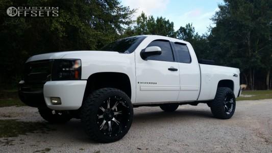 """2009 Chevrolet Silverado 1500 - 22x12 -44mm - Fuel Nutz - Suspension Lift 5"""" - 33"""" x 12.5"""""""