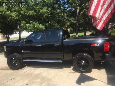 "2011 Chevrolet Silverado 1500 - 20x9 10mm - American Outlaw Deputy - Suspension Lift 7"" - 295/65R20"