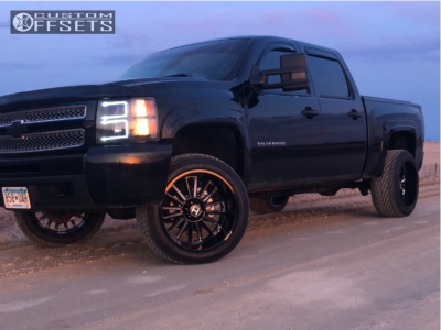 "2010 Chevrolet Silverado 1500 - 22x12 -44mm - Hostile Predator - Suspension Lift 3.5"" - 305/45R22"