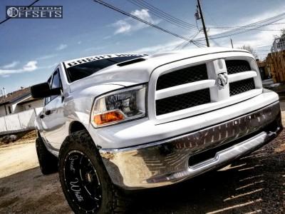 "2011 Dodge Ram 1500 - 20x12 -44mm - Moto Metal Mo962 - Stock Suspension - 0"" x12.5"""