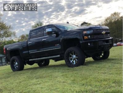 "2017 Chevrolet Silverado 2500 - 22x12 -44mm - Fuel Maverick - Suspension Lift 6"" - 35"" x 12.5"""