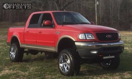 """2001 Ford F-150 - 20x12 -44mm - Fuel Maverick D536 - Suspension Lift 5"""" - 33"""" x 12.5"""""""