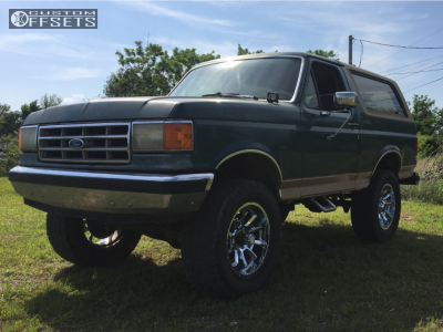 "1988 Ford Bronco - 20x10 -25mm - Vision Bomb - Suspension Lift 6"" - 325/60R20"