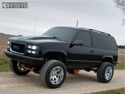 "1994 Chevrolet Blazer - 20x12 -44mm - American Truxx Bomb - Suspension Lift 4"" - 35"" x 12.5"""