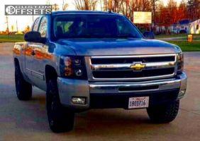 2009 Chevrolet Silverado 1500 - 18x9 1mm - Fuel Hostage - Leveling Kit - 285/65R18