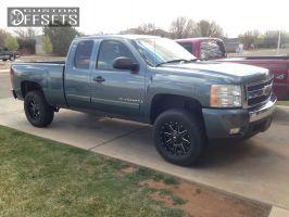"2007 Chevrolet Silverado 1500 - 18x9 1mm - Fuel Maverick - Suspension Lift 3"" - 275/70R18"