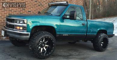 """1995 Chevrolet K1500 - 20x14 -76mm - Fuel Maverick D537 - Suspension Lift 3"""" - 33"""" x 12.5"""""""