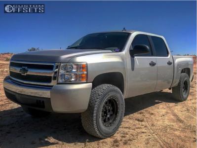 "2008 Chevrolet Silverado 1500 HD - 17x8.5 0mm - Method Double Standard - Suspension Lift 3"" - 35"" x 12.5"""