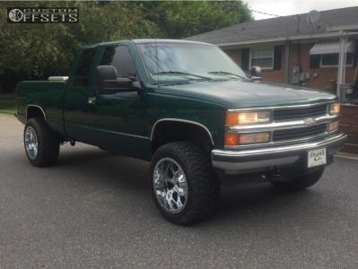 "1997 Chevrolet K1500 - 20x12 -44mm - Fuel Krank - Suspension Lift 3"" - 285/55R20"