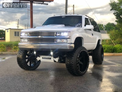 "1998 Chevrolet Tahoe - 26x14 -76mm - Xtreme Mudder Xm-304 - Suspension Lift 6"" & Body 3"" - 37"" x 13.5"""