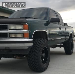 "1997 Chevrolet K1500 - 18x10 -24mm - Moto Metal Mo962 - Suspension Lift 6"" - 35"" x 12.5"""