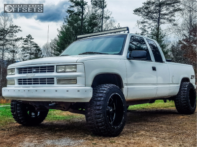 "1998 Chevrolet K1500 - 20x12 -44mm - Moto Metal 962 - Leveling Kit - 33"" x 12.5"""