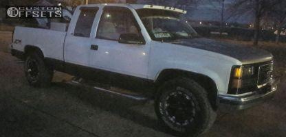 1998 GMC K1500 - 16x9 0mm - Mb Wheels Chaos - Stock Suspension - 285/75R16