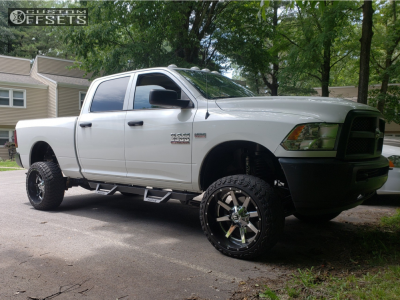 "2014 Ram 2500 - 22x12 -44mm - Fuel Maverick - Suspension Lift 4"" - 33"" x 12.5"""