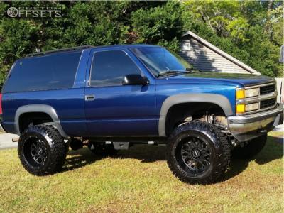 "1995 Chevrolet Tahoe - 20x12 -51mm - Vision Rocker - Suspension Lift 6"" - 35"" x 12.5"""