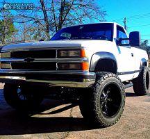 "1998 Chevrolet K1500 - 20x12 -44mm - Moto Metal Mo969 - Suspension Lift 6"" - 35"" x 12.5"""