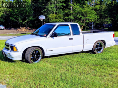 1997 Chevrolet S10 - 18x10 24mm - American Racing TORQ THRUST M - Lowered 2F / 4R - 255/35R18