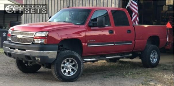 """2005 Chevrolet Silverado 2500 HD Classic - 17x9 -12mm - Helo He791 - Suspension Lift 6"""" - 285/70R17"""