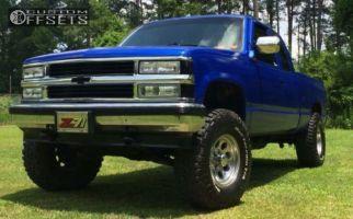 1990 Chevrolet K1500 - 16x8 -22mm - Mickey Thompson Classic III - Leveling Kit & Body Lift - 315/75R16