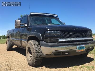 """2002 Chevrolet Silverado 1500 - 15x10 -43mm - Fuel Lethal - Level 2"""" Drop Rear - 31"""" x 10.5"""""""