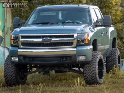 "2007 Chevrolet Silverado 1500 - 20x12 -44mm - Hostile Sprocket - Suspension Lift 7.5"" - 35"" x 12.5"""