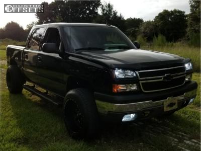2004 Chevrolet Silverado 1500 - 20x12 -44mm - Red Dirt Road Rd01 - Leveling Kit - 275/60R20