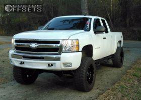 """2010 Chevrolet Silverado 1500 - 20x10 -24mm - Fuel Hostage - Suspension Lift 9"""" - 37"""" x 12.5"""""""