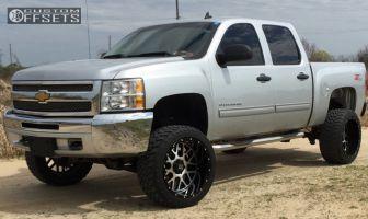 "2013 Chevrolet Silverado 1500 - 22x12 -44mm - XD Xd820 - Suspension Lift 6"" - 33"" x 12.5"""
