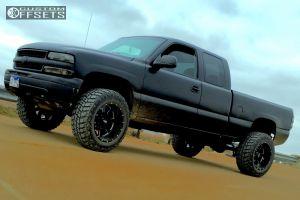 "1999 Chevrolet Silverado 1500 - 20x12 -44mm - Moto Metal MO962 - Suspension Lift 4"" - 35"" x 12.5"""