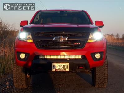 """2015 Chevrolet Colorado - 17x8.5 25mm - Fuel Maverick D538 - Suspension Lift 3.5"""" - 265/70R17"""