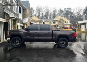 2015 Chevrolet Silverado 1500 - 20x9 14mm - Fuel Maverick - Leveling Kit - 305/55R20